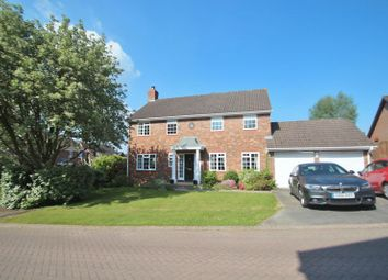 5 bed detached house for sale in Fuller Close, Wadhurst TN5