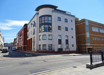 2 bed flat to rent in Portland Street, Southampton SO14