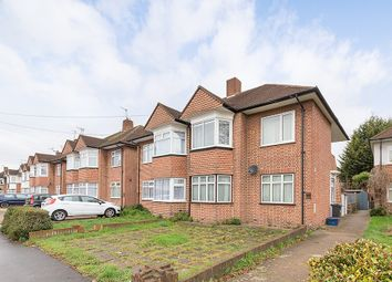 2 bed flat to rent in Amesbury Road, Feltham TW13