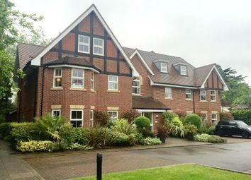 Thumbnail 2 bed flat to rent in Murdoch Road, Wokingham