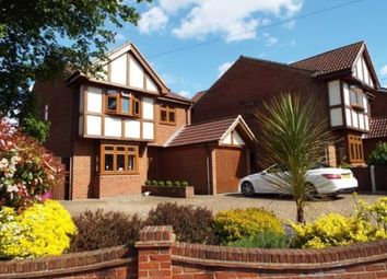 Thumbnail 4 bed detached house for sale in High Road North, Laindon, Basildon