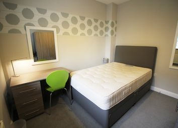 Thumbnail Room to rent in Parkside Road, Reading, Berkshire