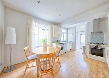 Thumbnail 1 bedroom maisonette for sale in Oxford Avenue, Wimbledon Chase
