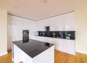 3 bed flat to rent in Arora Tower, 2 Waterview Drive SE10