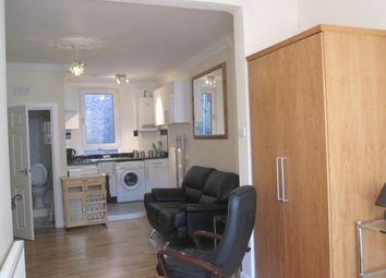 Thumbnail Studio to rent in School Wynd, Paisley