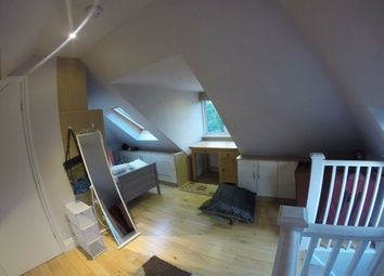 Thumbnail Room to rent in Corringway, London