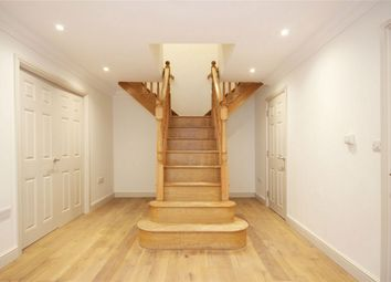 Thumbnail 4 bed detached house to rent in Branch Road, Park Street, St Albans, Hertfordshire