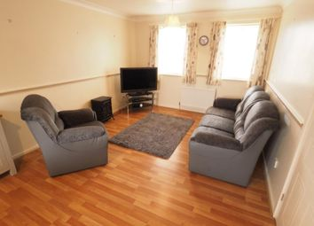 2 bed flat to rent in Plimsoll Way, Victoria Dock, Hull, East Yorkshire HU9