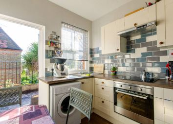 1 bed maisonette for sale in Salisbury Road, Wood Green N22