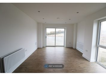 Thumbnail 2 bed flat to rent in Brooklands Court, Luton