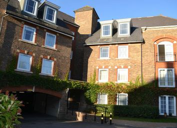Thumbnail 2 bedroom flat for sale in Mortley Close, Tonbridge