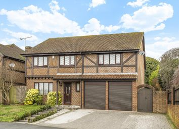 Thumbnail 5 bed detached house to rent in Martins Heron, Bracknell