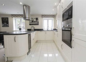 Thumbnail 2 bed flat to rent in Manor Road, Chigwell, Essex
