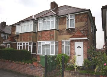 2 bed maisonette to rent in Church Lane, London NW9