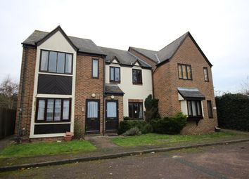 Thumbnail 2 bed flat to rent in Old Park Road, Hitchin