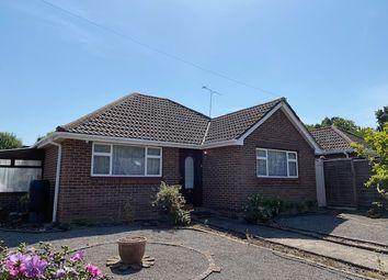 Dean Court, Hedge End, Southampton SO30. 3 bed detached bungalow