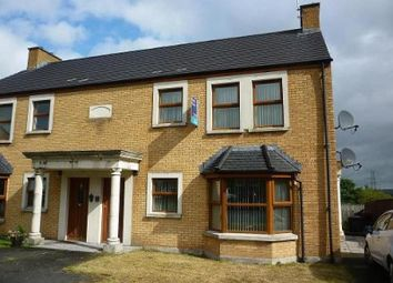 Thumbnail 2 bedroom flat to rent in Aylesbury Court, Newtownabbey