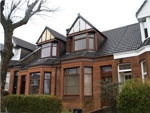 Thumbnail 2 bed flat to rent in Cambridge Avenue, Clydebank