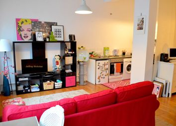 Thumbnail 1 bedroom flat to rent in White Lion Street N1, Barnsbury, London