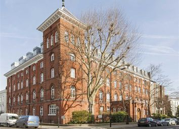 Thumbnail 2 bed flat to rent in Chepstow Villas, London