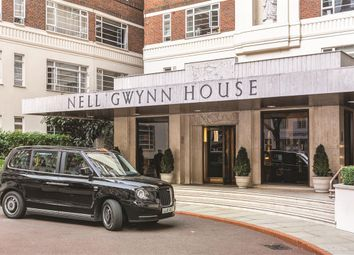 Thumbnail 1 bed flat for sale in Nell Gwynn House, Sloane Avenue