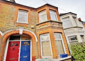 Thumbnail 2 bedroom flat to rent in Chingford Lane, Woodford Green