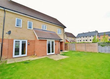 Thumbnail 3 bed property for sale in Foxglove Way, Cambridge