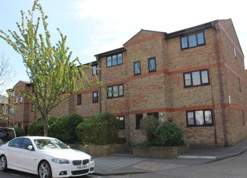 Thumbnail 1 bed flat to rent in Chobham Road, Stratford