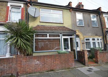 2 bed property to rent in Humberstone Road, Newham E13