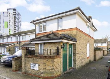 4 bed semi-detached house to rent in Fallow Court, Argyle Way, London SE16