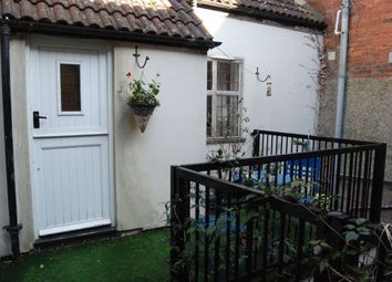 Thumbnail 2 bed flat to rent in Sheaf Street, Daventry, Daventry