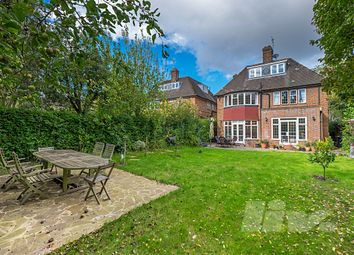 Thumbnail 5 bed terraced house to rent in Middleway, Hampstead Garden Suburb