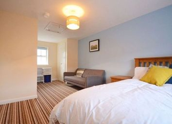 Thumbnail Room to rent in Room At West Water Crescent, Hampton