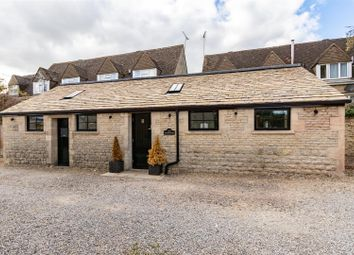 Thumbnail 2 bed cottage for sale in Union Street, Stow On The Wold, Gloucestershire