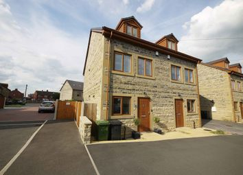 Thumbnail 3 bedroom town house for sale in 9, Woodland Garth, Rothwell, Leeds, West Yorkshire