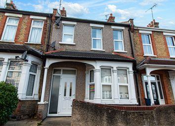 1 bed flat for sale in Northview Drive, Westcliff-On-Sea SS0
