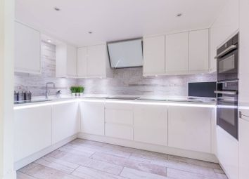 Rotherhithe Street, Rotherhithe, London SE16. 2 bed flat