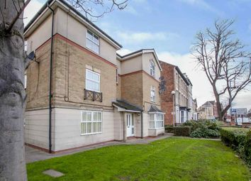 Thumbnail 2 bed flat for sale in Park Street, Hull