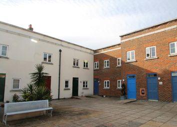 Thumbnail 2 bedroom flat to rent in Wedgewood Street, Aylesbury