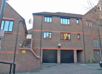 Thumbnail 1 bedroom flat to rent in Westbourne Mews, St.Albans