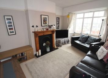 Thumbnail 3 bed flat to rent in Fieldview, London