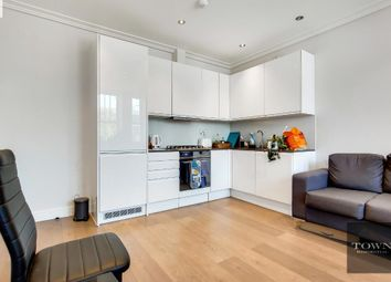 Thumbnail 3 bed flat to rent in Holloway Road, Islington, London N7 6Jp