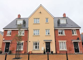 Thumbnail 4 bed town house for sale in Kennett Drive, Biggleswade