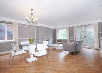 Thumbnail 2 bed flat to rent in Hampstead Heights, London