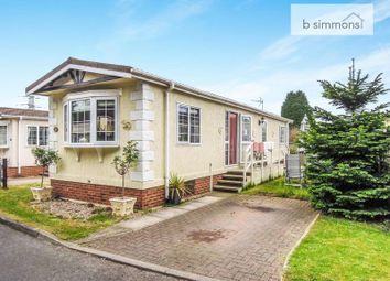 Thumbnail Mobile/park home for sale in The Pippins, Orchards Residential Park, Slough