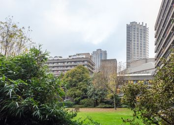 Thumbnail 3 bed flat for sale in Brandon Mews, Barbican, London