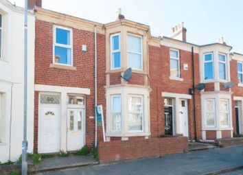 Thumbnail 2 bed flat to rent in Fern Dene Road, Bensham, Gateshead
