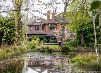 Totteridge Common, London N20. 6 bed detached house for sale