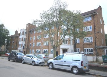 4 bed flat to rent in Oaklands Estate, Clapham, London SW4