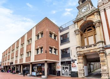 Thumbnail 1 bed flat to rent in Market Place, Reading